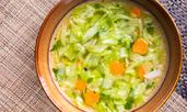 Топяща мазнините зелева супа
