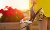 Тенденции при дамските обувки и сандали за лято 2021
