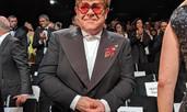 """Елтън Джон се просълзи на премиерата на биографичния му филм """"Рокетмен"""""""