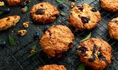 Пикантни овесени бисквити със стафиди