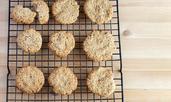 Овесени бисквити с кленов сироп