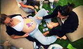 Алекс Раева е бременна с първото си дете