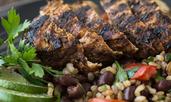 Салата с кафяв ориз и пилешки гърди