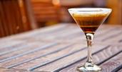 Летен коктейл с кафе и ликьор