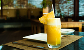 Пресен сок от ананас - ползи за здравето