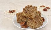 Диетичен сладкиш с овесени ядки, орехи и стафиди