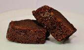 Бърз сладкиш с течен шоколад