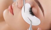 Рискове, които крият изкуствените мигли за здравето на очите