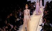 Мария Грация Кюри с първа колекция за Dior (галерия)