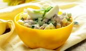 Картофена салата с авокадо, шунка и яйца
