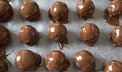 Домашни бонбони от козунак
