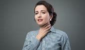 Как да премахнете заседналата рибена кост от гърлото