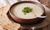 Веган крем супа с карфиол, лешници и кокосово масло
