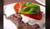 Стек с домати и моцарела