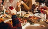 7 начина да избегнете подуването на корема по празниците