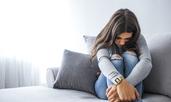 Билки и витамини, борещи се с депресията