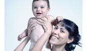 Как да се погрижим за чувствителната кожа на бебето