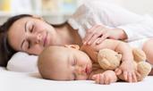 Чести грешки, които правим с приспиването на бебето
