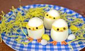 Пълнени яйца като пиленца