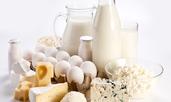 Топло предястие с яйца, сирене и йогурт