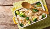 Кето рецепта за пиле с броколи и гауда
