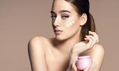 Гликоловата киселина и многобройните й ползи за кожата