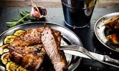 Свинско бонфиле с чесън и подправки на скара