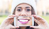 Знаете ли, че... зъбите се образуват още в утробата на майката?