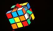 Знаете ли, че кубчето на Рубик е най-продаваният продукт в историята?