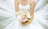 Откъде идва традицията със сватбените букети?