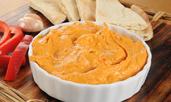 Хумус с червени печени чушки