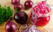 Маринован лук – лесна рецепта