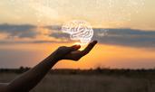 11 мисли на Хули Леонис за емоциите и любовта