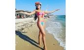 Цвети Радойчева събра погледите на гръцки плажове
