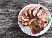 Глазирано свинско филе с ябълков сос