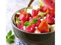 Лятна салата с домати, диня и фета