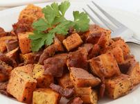 Свинско със сладки картофи и чесън в мултикукър