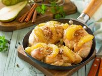 Пиле с карамелизирани круши