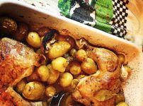Пилешки бутчета с пресни картофи и маслини