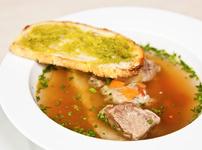Супа с телешки джолан и зелев сок
