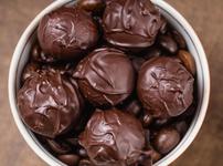 Шоколадови топчета с коняк