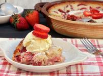 Сладкиш с ягоди и овесени ядки