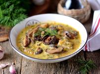 Нисковъглехидратна пилешка супа с гъби