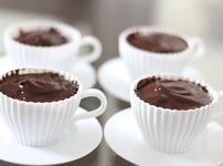Домашен шоколадов крем с бадеми
