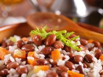 Ориз с боб и зеленчуци на тиган