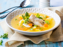 Рибена супа с картофи и морков