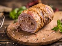 Свинско руло с ароматна плънка