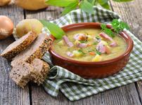 Богата картофена супа с кашкавал и шунка