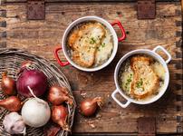 Френска лучена супа със сирена в мултикукър
