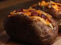 Пълнени картофи с бекон и чедър
